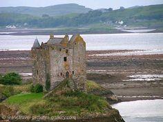 Pictures of Scotland - Highlands - Castle Stalker, Loch Linnhe