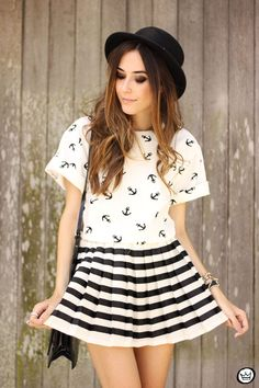 FashionCoolture - black & white mix of prints - anchor and stripes