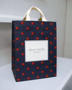 papaer bag Design Print Graphic Fashion 紙袋 デザイン 印刷 グラフィクデザイン ファッション Candle Packaging, Bag Packaging, Paper Packaging, Print Packaging, Packaging Design, Shopping Bag Design, Paper Shopping Bag, Shoping Bag, Paper Bag Design