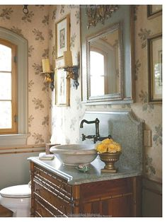 English cottage bathroom