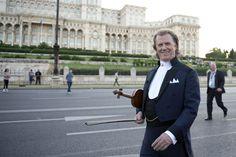 Bucharest 3 - The official André Rieu website