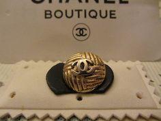 ButtonArtMuseum.com - Genuine Vintage 100 Authentic Crystal Chanel Button