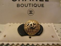 ButtonArtMuseum.com - Genuine Vintage 100 Authentic Crystal Chanel Button