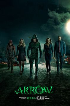 CW - Renewed for season 4 - Arrow: Arrow is an upcoming American television series based on Green Arrow, a fictional superhero who appears in comic books published by DC Comics.The series stars Stephen Amell as Oliver Queen / Green Arrow. The Cw, Arrow Cw, Team Arrow, Arrow Oliver, Series Dc, Series Movies, Stephen Amell, Arrow Saison 3, Movies Showing