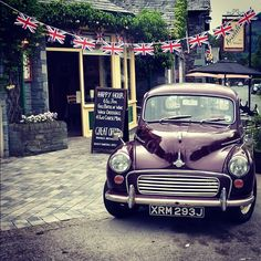 A Morris Minor in Grasmere at the Jubilee - could it be more English?