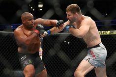 UFC Stipe Miocic wins over Daniel Cormier with a TKO to reclaim his heavyweight title - Net sports 247 Ufc, Stipe Miocic, Daniel Cormier, Jon Jones, Nate Diaz, Dana White, Fight Night, Palomino, Espn