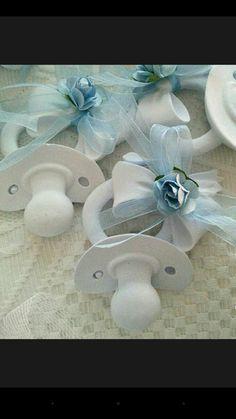 Kokulu taş emziklerimiz 2 TL Baby Shawer, Baby Art, Chocolate Crafts, Polymer Clay Fairy, Clay Fairies, Shabby Chic Frames, Wedding Activities, Baby Cookies, Clay Ornaments