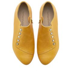 Yellow Shoes Grace Yolk Handmade Flats Leather Shoes by Tamar Shalem... ($189) ❤ liked on Polyvore featuring shoes, flats, grey, women's shoes, leather flat shoes, grey flats, leather flats, gray flats и low heel flats