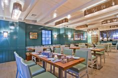 Crave Fishbar, UWS & Midtown   ($$$) Sourced and serve locally caught seafood in a sophisticated yet fun environment. We are a sustainable, eco-conscious restaurant and bar, using seasonal, organic when possible, ingredients that reflect our commitment to the environment and, especially, marine life.  The Deal: $1 Oysters. When: Daily, 5-7pm. #bestoysterhappyhour