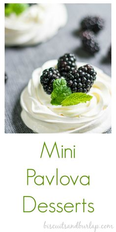 Pavlova Desserts Mini Pavlova makes any day a special occasion, and they're easier than you think. From Mini Pavlova makes any day a special occasion, and they're easier than you think. Fancy Desserts, Köstliche Desserts, Delicious Desserts, Dessert Recipes, Yummy Food, Plated Desserts, Mini Pavlova, Gourmet Recipes, Cooking Recipes