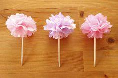 お花見にもぴったり!100均のお花紙で作るミニポムのフードピック – mamagirl | ママガール Fun Crafts, Diy And Crafts, Arts And Crafts, Paper Crafts, Trunk Party, Quilling Patterns, Toy Rooms, New Years Party, Topiary