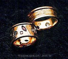 Handmade Renaissance inspired unique WEDDING RING by TresorsDuJour