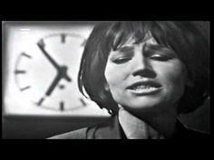 Loudá se půlměsíc - Marta Kubišová - YouTube Artists, Youtube, Musik, Youtubers, Artist, Youtube Movies
