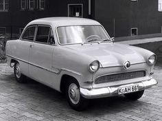 Ford Taunus 15M Saloon