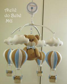 Móbile Musical Ursinho com Balões