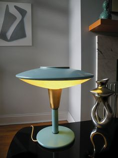 Robin's Egg Blue Dazor UFO Lamp
