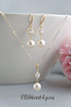 Bridal jewelry set Bridesmaid necklace earrings set by Element4you