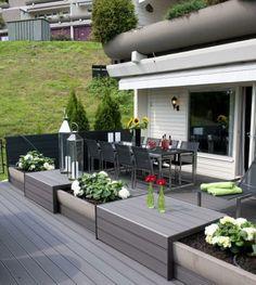 Creativida e ingenio nordico aplicado a esta #terraza con #tarima_exterior_composite de color antracita por el lado ranurado @deckplanet