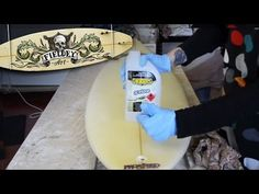 How to prepare a surfboard for painting
