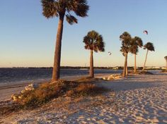 Sunset beach, fl Stop here Sunday to relax. We can have dinner in Tarpon Springs