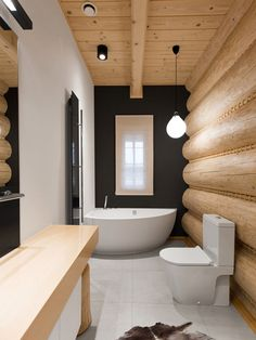 Łazienka w stylu challet / Challet style bathroom. Log Home Interiors, Cottage Interiors, Timber House, Wooden House, Cabin Homes, Log Homes, Log Home Bathrooms, Rustic Bedroom Design, Country House Interior