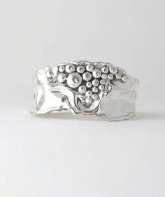 Silver jewelry Videos DIY - German Silver jewelry Necklaces - Silver jewelry For Men Rings - Silver jewelry Earrings Boho Style Modern Jewelry, Jewelry Art, Fine Jewelry, Jewelry Design, Jewelry Model, Simple Jewelry, Etsy Jewelry, Skull Jewelry, Jewelry Ideas