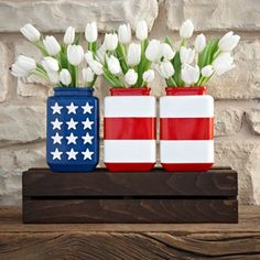 8 Quick & Cheap Decoration Ideas for Your of July Garden Party: You Still Have Time! Check these 8 Quick & Easy Decoration Ideas for Your of July Garden Party. Patriotic Crafts, July Crafts, Summer Crafts, Holiday Crafts, Holiday Fun, Diy And Crafts, Patriotic Wreath, Patriotic Party, Holiday Parties