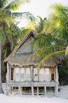 Beach house ; island house ; South America house