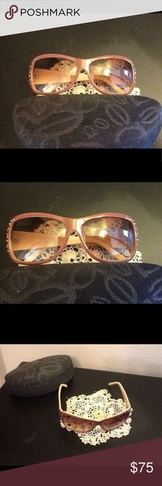 Bebe Charmain mauve jeweled arms frame sunglasses Bebe Charmain mauve jeweled arms and frame sunglasses , with original case, 57, 12-125 mm bebe Accessories Sunglasses