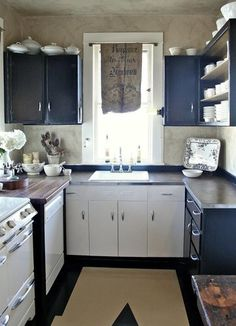 I think I would rather have this small kitchen than the one I have. This one has a dishwasher.