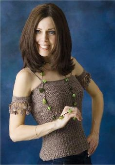 Cloverleaf Top with attached Bands by Mary Jane Hall + free pattern for Long Beaded Necklace