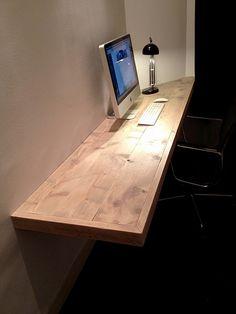 Bureau 'floating desk' | Steigerhout | Te koop bij w00tdesign | by w00tdesign | Meubels van steigerhout