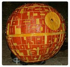 A pumpkin for Star Wars fans (The Death Star)