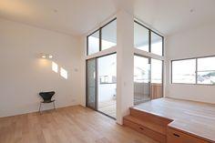 内と外をつなぐ、インナーテラスのある家 Japanese Living Rooms, Japanese Bedroom, Japanese Interior, Condo Decorating, Decorating Small Spaces, Tatami Room, Minimal Bedroom, Interior Architecture, Interior Design