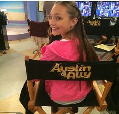 Maddie Ziegler :)... She is going to be on the Disney channel show Austin and ally... '#insidescoop #famouse #maddie