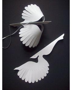 White flying birds 💮 by lorenzkraft papercrafts fun kirigami kirigamis origami origamis art arts artist artistic artwork… Origami Paper Art, 3d Paper, Paper Toys, Paper Drawing, Paper Birds, Paper Flowers, Japanese Paper Art, Art For Kids, Crafts For Kids