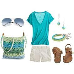 beach outfit... love the bag!