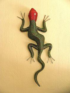 African Beaded Wire Animal Sculpture LIZARD LARGE от Hadeda