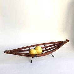 Vintage Obstkorb Mid Century Obstschale Teak Schale Denmark, Mid Century, Hair Accessories, Interior, Etsy, Vintage Baskets, Bowl Of Fruit, Danish Design, Indoor