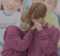 Wanna-One - Jinyoung and Daehwi