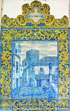 Azulejos - Estação Ferroviária de Óbidos - Portugal Portuguese Culture, Portuguese Tiles, Tile Art, Mosaic Tiles, Art Decor, Decoration, Blue Pottery, Classic Paintings, Iron Work