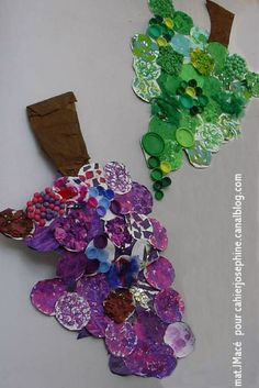 Each child creates a circle and they are put together to form grape bunches Autumn Crafts, Fall Crafts For Kids, Thanksgiving Crafts, Art For Kids, Fun Arts And Crafts, Diy And Crafts, First Grade Crafts, Fall Art Projects, Fall Preschool