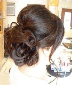 Bridesmaid Hairstyle For Medium Hair