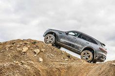 Mercedes-Benz's new EQC 4×4 Concept would let you off-road on battery power | Credit: Mercedes-Benz Portal Axles, Off Road Tires, Benz S, Auto News, Love Car, Electric Car, Offroad, 4x4, Mercedes Benz