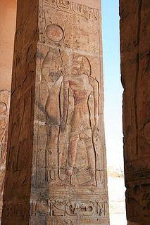 Abydos Temple de Séthi 1er fût agrandi par son fils Ramsès II. Le temple est dédié à Osiris. | Flickr - Photo Sharing!