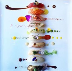 Sushi Platter - thecoolhunter More (food art plating) Easy Food Art, Food Art For Kids, Diy Food, Food Food, Fruit Food, Vegan Food, Food Design, Junk Food, Food Art Painting