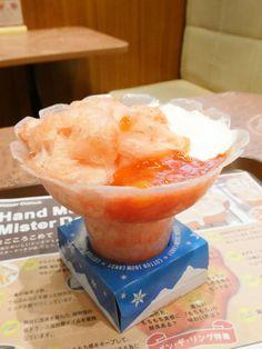 ミスタードーナツでは、ドーナツやパイの他にも飲茶やアイスクリームの提供も行っていますが、6月1日(水)からは暑い季節にピッタリの冷たいデザート「コットンスノーキャンディ」が登場します。全国発売に先