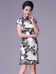 Women's Mulberry silk White Knee-length Cheongsam Dress