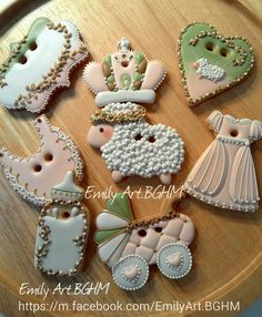 What beautiful cookies these would be for a Baptism party!!!