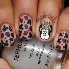 Minney mouse cheetah nail art